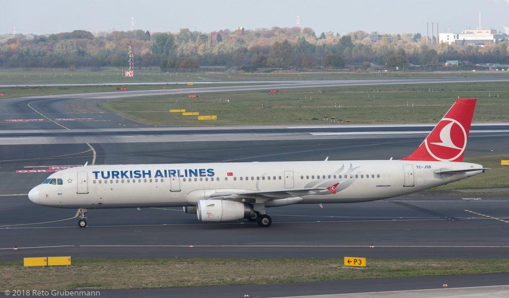 TurkishAirlines_A321_TC-JSB_DUS181019