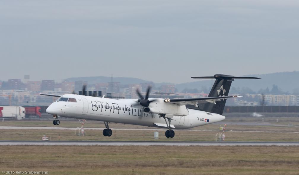 AustrianAirlines_DH8D_OE-LGQ_STR161209_02