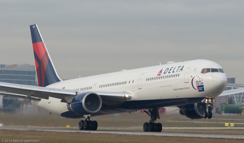 DeltaAirLines_B764_N841MH_STR161209_03