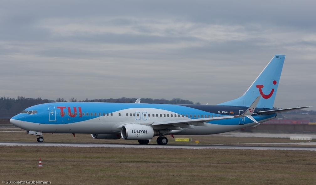 TUIfly_B738_D-ASUN_STR161209