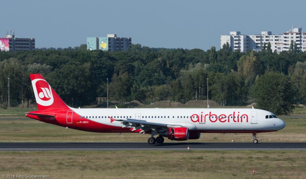 AirBerlin_A321_D-ABCC_TXL160915