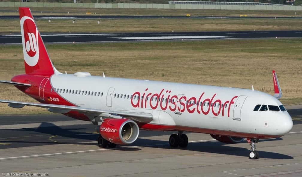 AirBerlin_A321_D-ABCO_TXL160915_02
