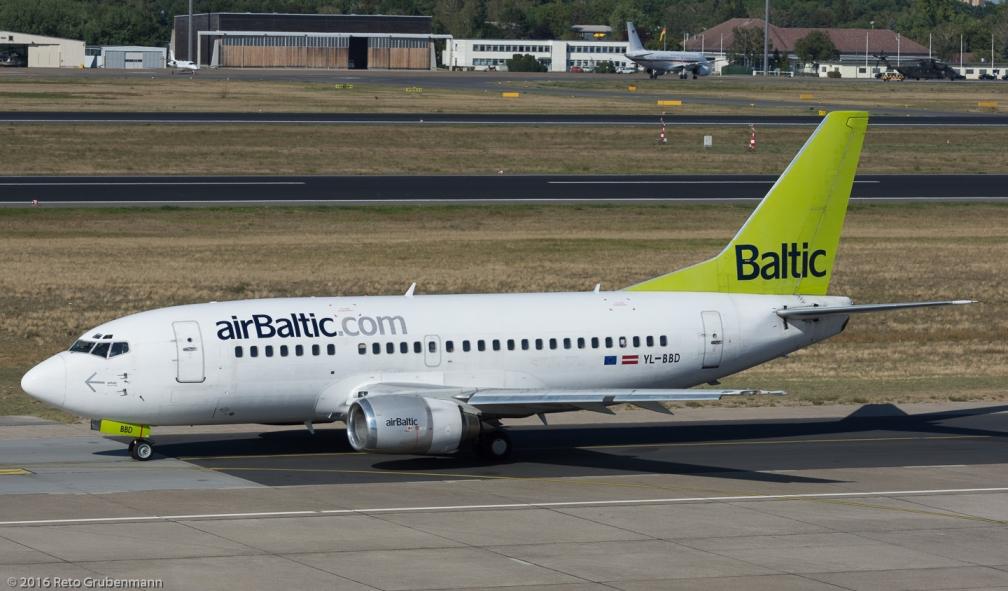 airBaltic_B735_YL-BBD_TXL160915