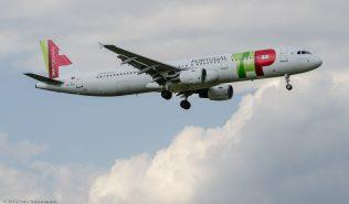 TAPPortugal_A321_CS-TJG_ZRH120810