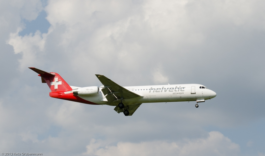 HelveticAirways_F100_HB-JVI_ZRH120810