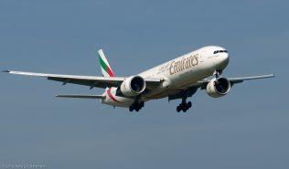 Emirates_B773_A6-ENE_ZRH130924_01