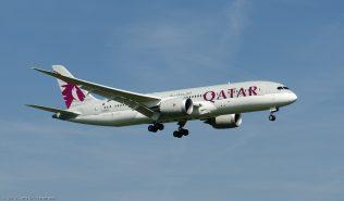 Qatar_B788_A7-BCC_ZRH130924_02