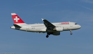 Swiss_A319_HB-IPU_ZRH130924