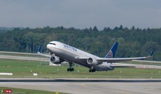 UnitedAirlines_B763_N671UA_ZRH130925