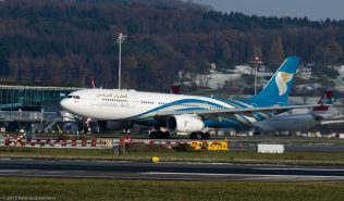 OmanAir_A332_A4O-DF_ZRH131201_02