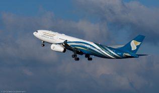 OmanAir_A332_A4O-DF_ZRH131201_04