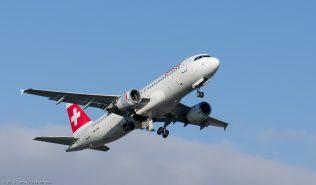 Swiss_A320_HB-IJM_ZRH131201