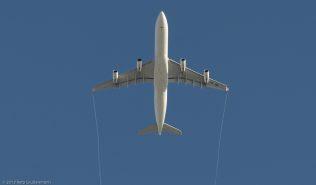 Swiss_A343_HB-JMI_ZRH131201