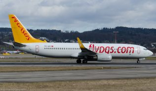 PegasusAirlines_B738_TC-AIP_ZRH140126