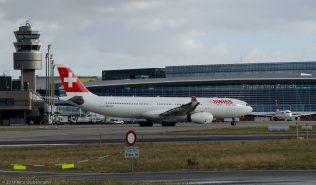 Swiss_A333_HB-JHF_ZRH140126