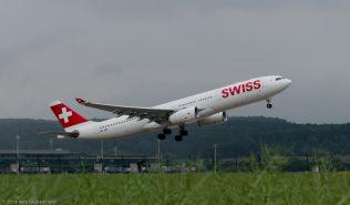 Swiss_A333-HB-JHN_ZRH140530