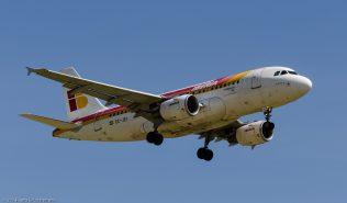 Iberia_A319_EC-JEI_ZRH140621