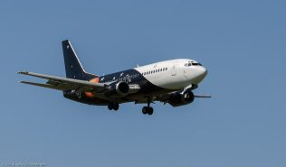 TitanAirways_B733_G-POWC_ZRH140621_01
