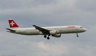 Swiss_A321_HB-IOK_ZRH150619