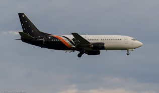 TitanAirways_B733_G-ZAPW_ZRH150621