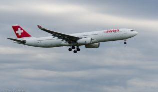 Swiss_A333_HB-JHI_ZRH150623