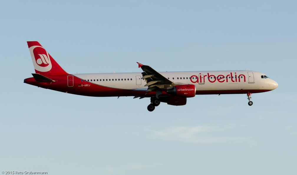AirBerlin_A321_D-ABCJ_ZRH150628
