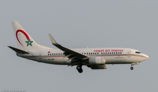 RoyalAirMaroc_B737_CN-RNM_ZRH150705