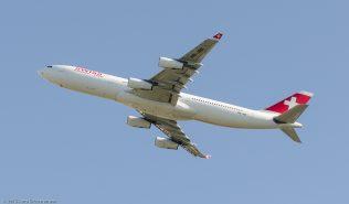 Swiss_A343_HB-JMI_ZRH150710_02