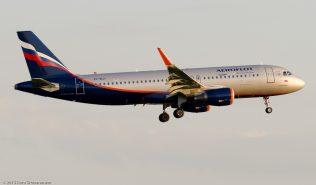 Aeroflot_A320_VP-BLH_ZRH150711