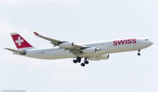 Swiss_A343_HB-JMM_ZRH150711