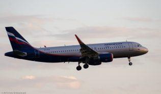 Aeroflot_A320_VP-BJA_ZRH150713
