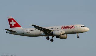 Swiss_A320_HB-IJQ_ZRH150714
