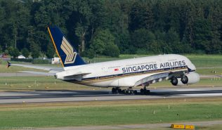 SingaporeAirlines_A388_9V-SKA_ZRH150719