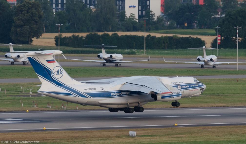Volga-DneprAirlines_IL76_RA-76950_ZRH150720_02