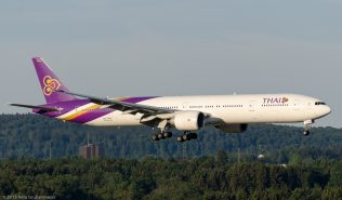 ThaiAirways_B77W_HS-TKM_ZRH150726