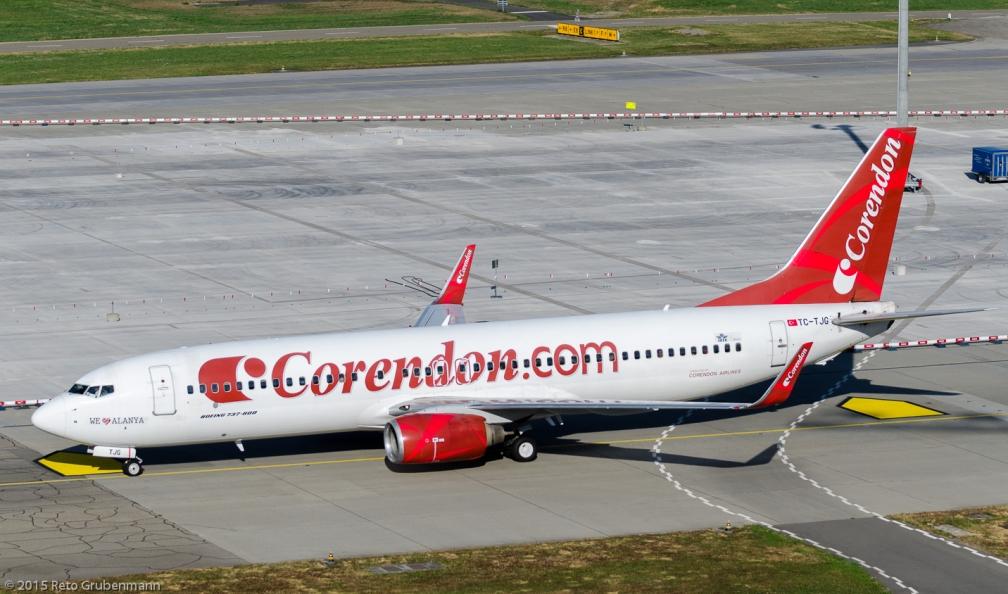 CorendonAirlines_B738_TC-TJG_ZRH150726_01