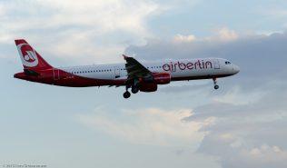 AirBerlin_A321_D-ALSC_ZRH150727