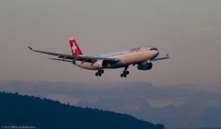 Swiss_A333_HB-JHE_ZRH150803