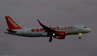 easyJet_A320_G-EZWV_ZRH150806