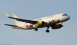 vueling_A320_EC-MEQ_ZRH150806_01