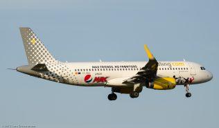 vueling_A320_EC-MEQ_ZRH150806_02