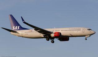 ScandinavianAirlines_B738_LN-RGH_ZRH150828
