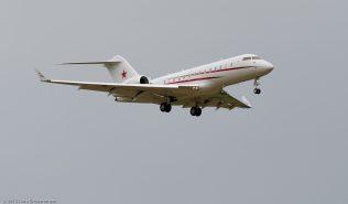 HedaAirlines_GL5T_M-CCCP_ZRH150913_01