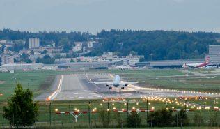 KLM_E190_PH-EZF_ZRH150913
