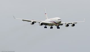 RossiyaAirlines_IL96_RA-96017_ZRH150913_01