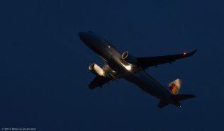 Iberia_A320_EC-LUL_ZRH151011