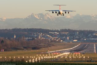Swiss_RJ1H_HB-IXQ_ZRH151217
