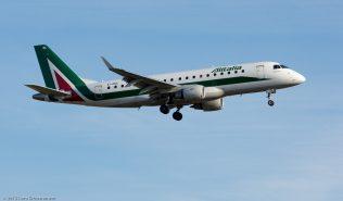 Alitalia_E170_EI-RDL_ZRH151223