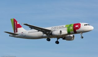TAP_A320_CS-TNU_ZRH151223
