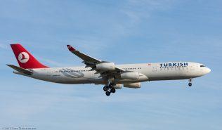 TurkishAirlines_A343_TC-JDN_ZRH151223_02